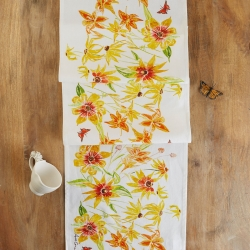 April Cornell Black Eyed Susan Table Runner